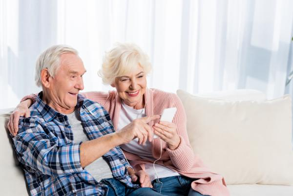 These Tech Gadgets Help Boomers Live With Freedom As They Age