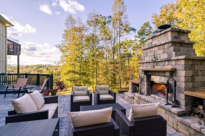 Backyard Bliss: How To Bring Indoor Comfort Outdoors