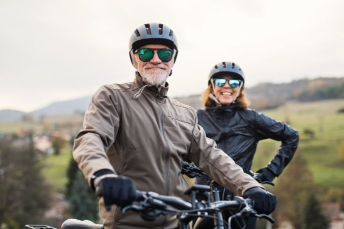 On the Move: Adventurous Summer Outings for Active Seniors