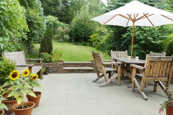 Tell-Tale Signs You Need New Patio Furniture