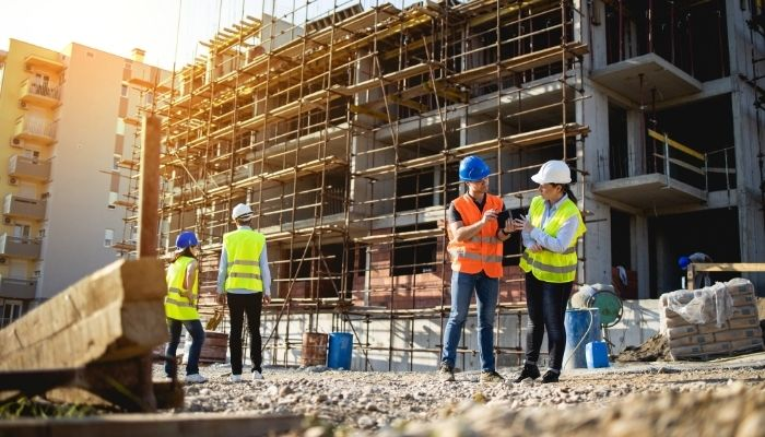 Best Tips for Staying Clean While Working on a Construction Site