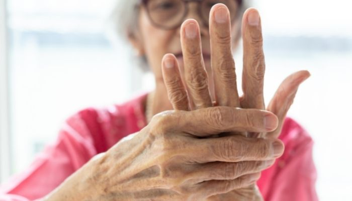 Tips for Managing Rheumatoid Arthritis Pain